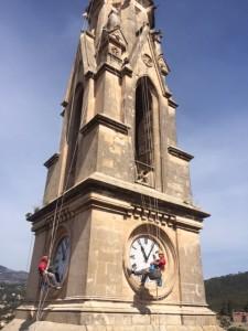 TREVER A L'ESGLESIA DE CASTELLAR DEL VALLES